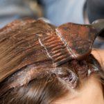 髪と頭皮もケアできる♪白髪染めの回数を減らす方法