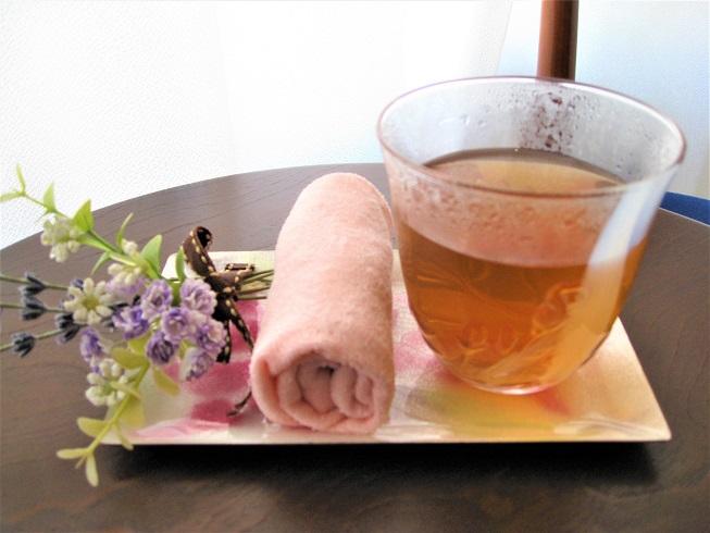 ウエルカムドリンクのほうじ茶